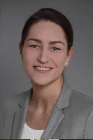 Stefanie Bast